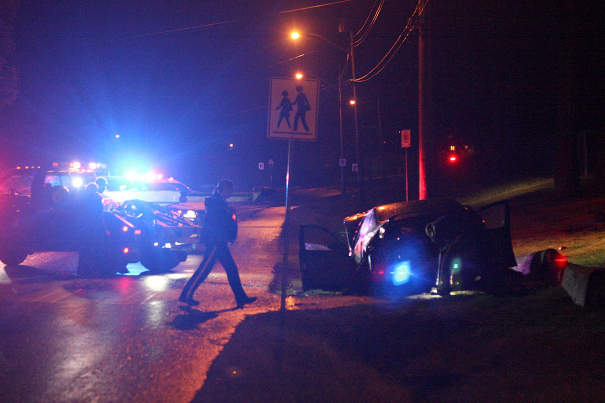 suspected drunk driver on vancouver island crashes, gets chased
