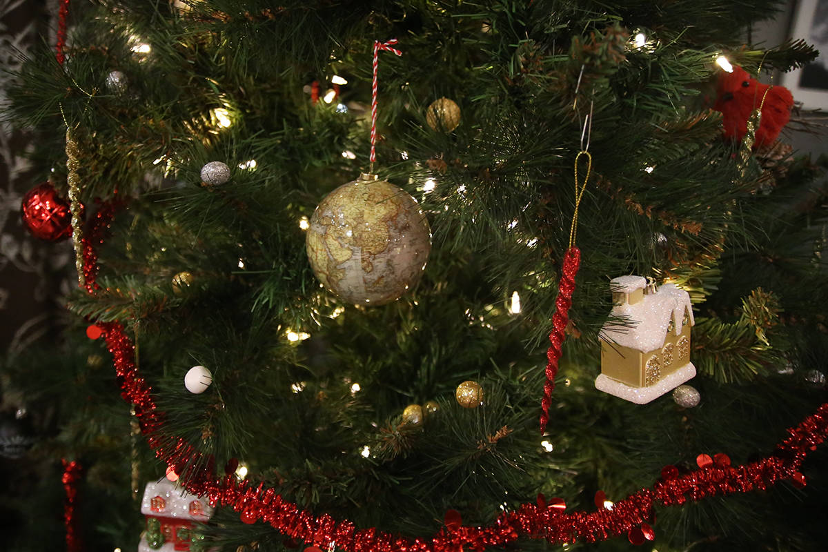 84e69ec5c5 Reader response  City of Victoria considers scrapping Christmas decorations